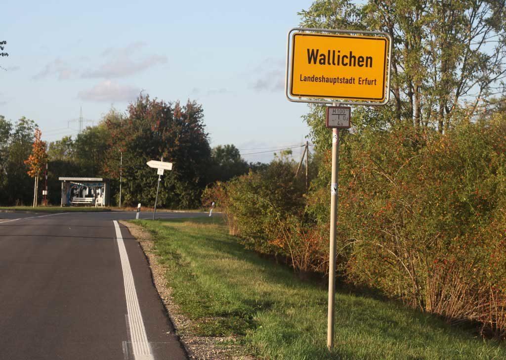 Ortsschild von Wallichen